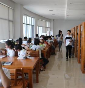 图书馆开设第二课堂 阅读服务谱写新篇章